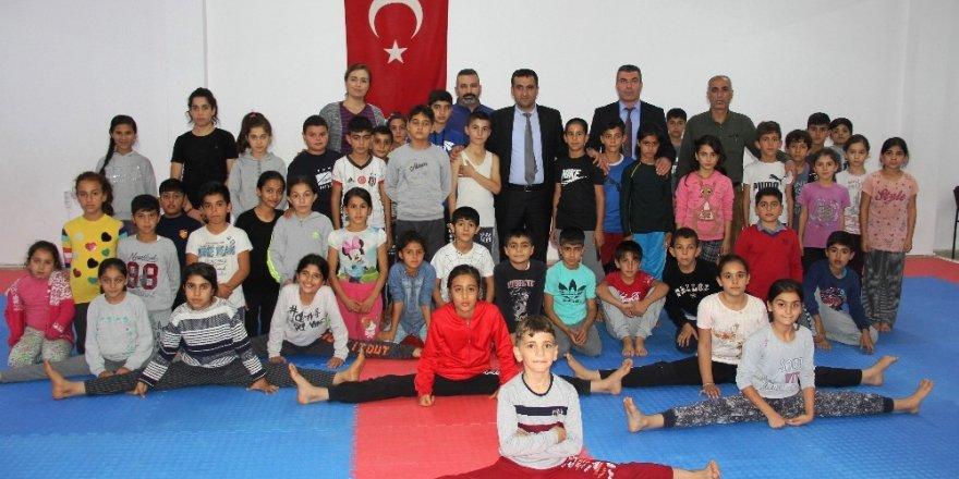 """Mersin'de """"Bağımlı Olma Sporcu Ol Projesi"""""""