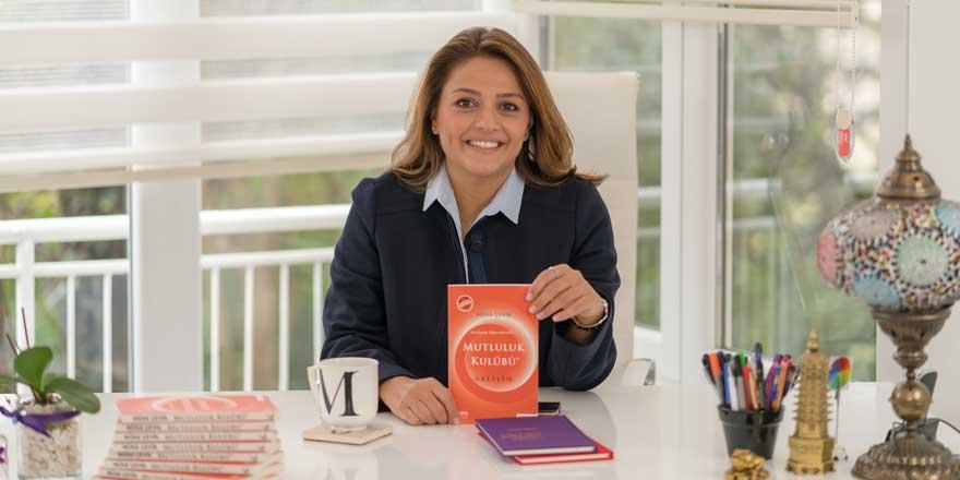 2015 yılının en çok satan kişisel gelişim kitabının devamı 'Mutluluk Kulübü - Gelişim' raflarda