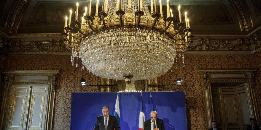 Fransız Bakandan Rusya ve Ukrayna'ya sakinlik çağrısı