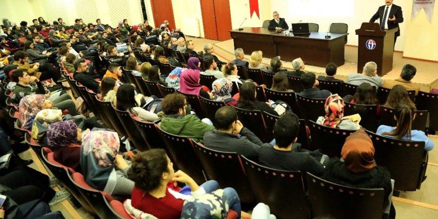 Prof. Dr. Gür:Etik değerler evrensel olmalı