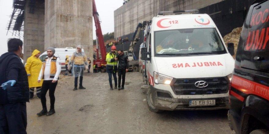 Viyadüğün çökme anlarını inşaata malzeme getiren kamyonet şoförü anlattı