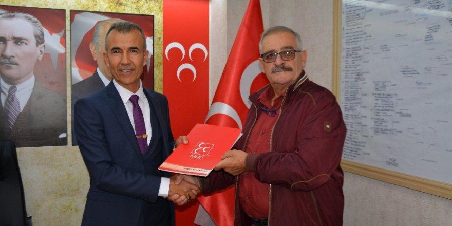 Söke MHP'de eski Belediye Başkanı M. Beliğ Azbazdar aday adayı