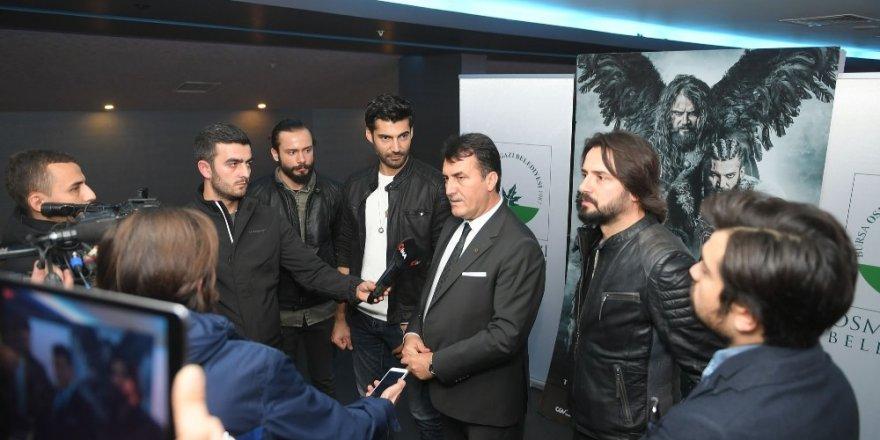 'Deliler' oyuncuları Bursalı sinema severlerle buluştu