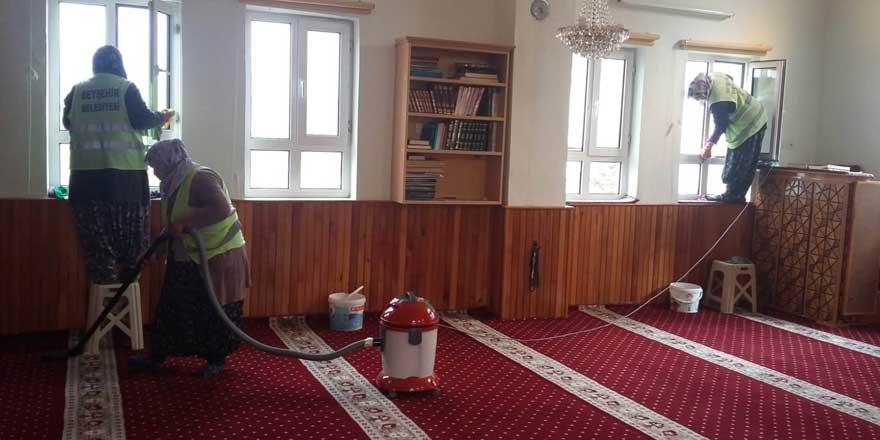 Beyşehir'de camiler temizleniyor