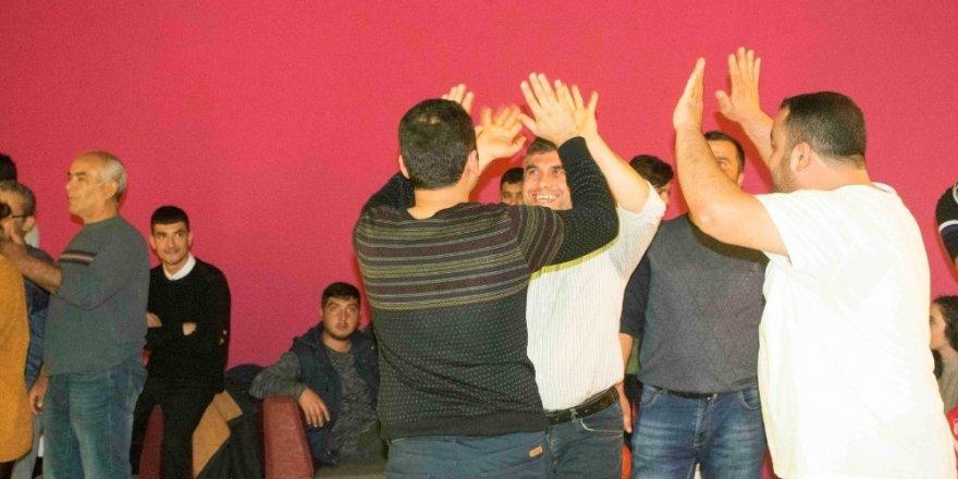 AOSB çalışanları bowling turnuvasında stres attı