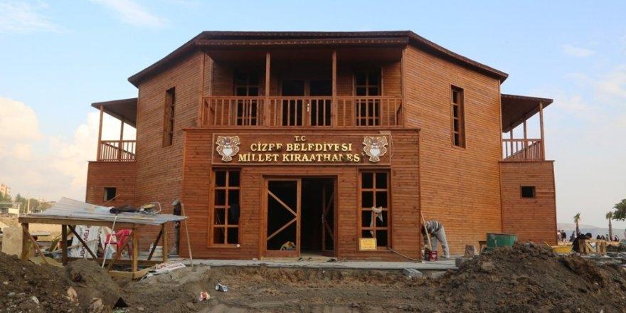"""Cizre'de inşa edilen """"Millet Kıraathanesi"""" tamamlanma aşamasına geldi"""