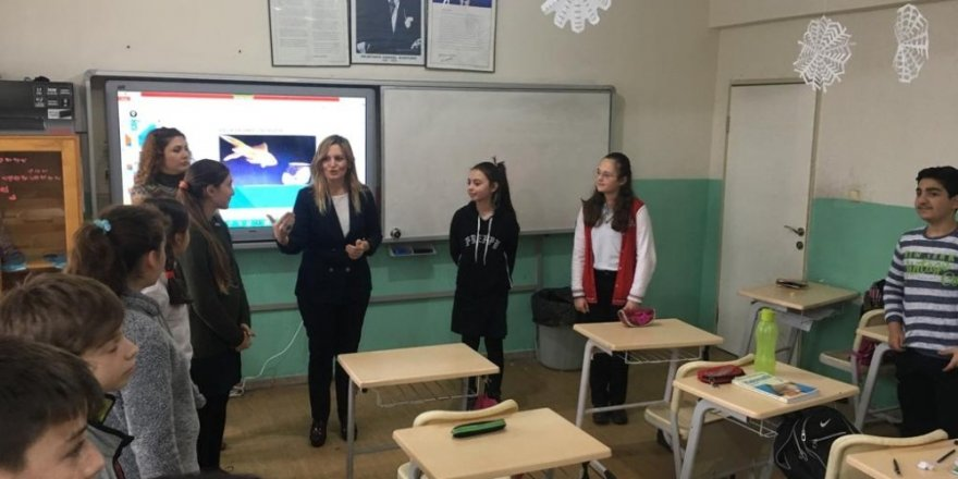 Öğrencilere ahlak semineri semineri