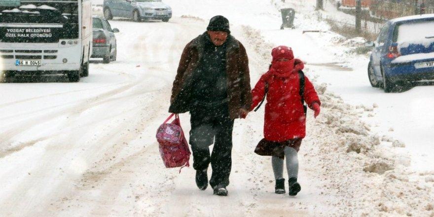 Yozgat'ta eğitime kar engeli