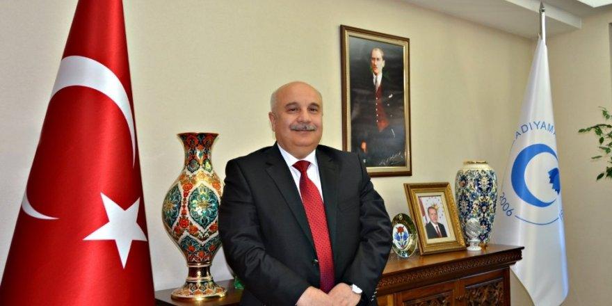Rektör Gönüllü'den Mehmet Akif Ersoy'un 82. ölüm yıldönümü mesajı
