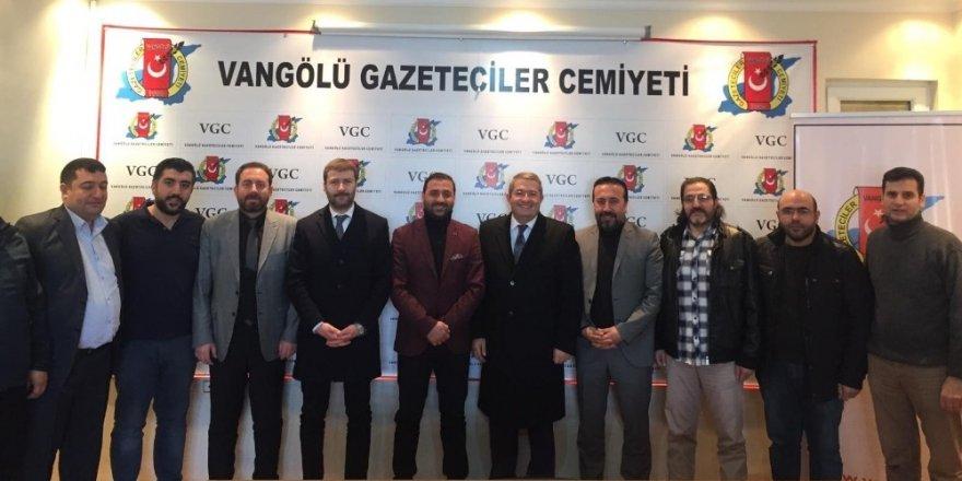 Necdet Takva'dan Vangölü Gazeteciler Cemiyetine ziyaret