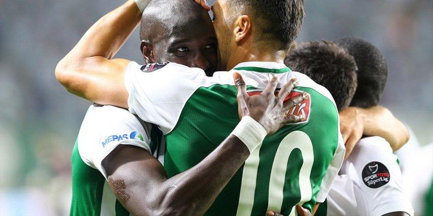 Konyaspor'u Yatabare ile Jahovic sırtladı