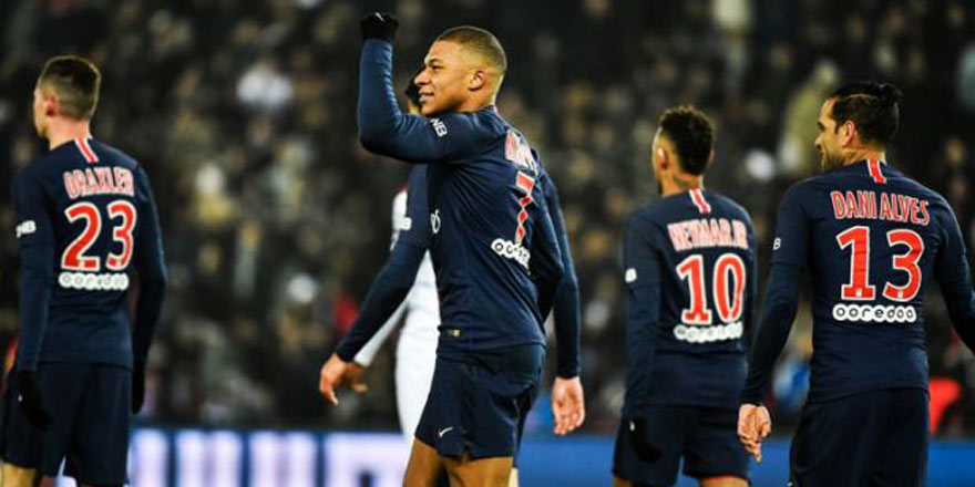 Paris Saint Germain gol olup yağdı