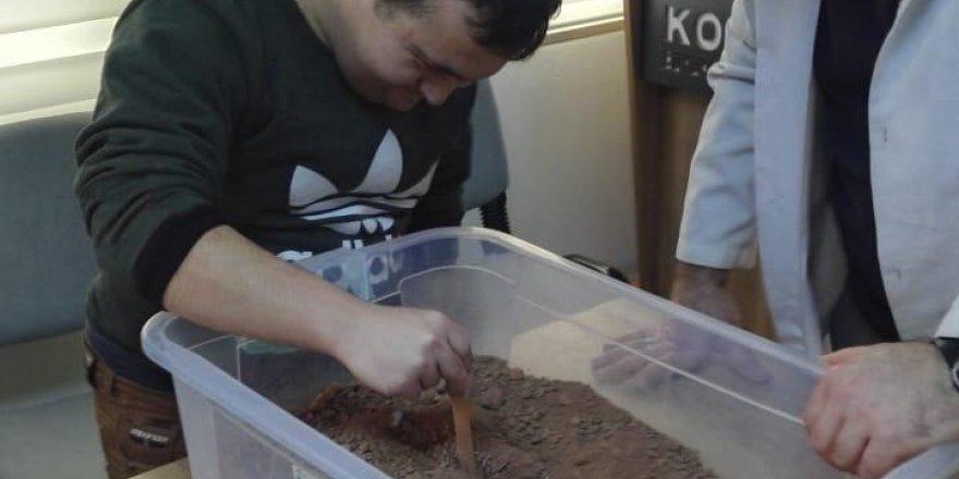 Özel müzeciler, sınıfta yaptıkları arkeoloji ile tanıştı