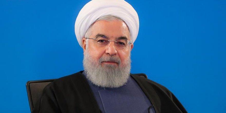Ruhani'den Venezuela'ya destek