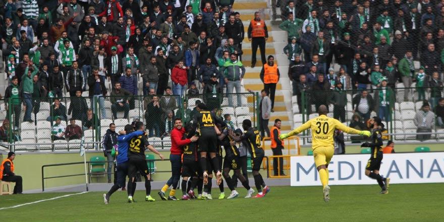 Konyaspor hatalı taçtan gol yedi