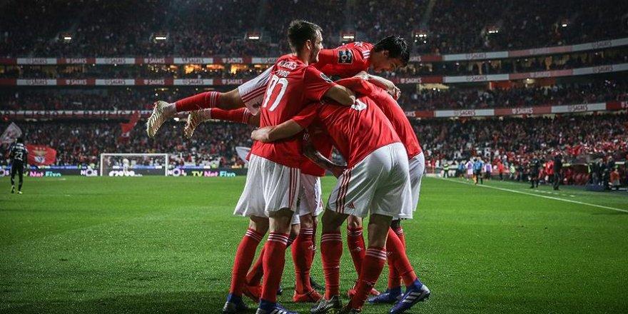 Benfica'dan 10 gollü galibiyet