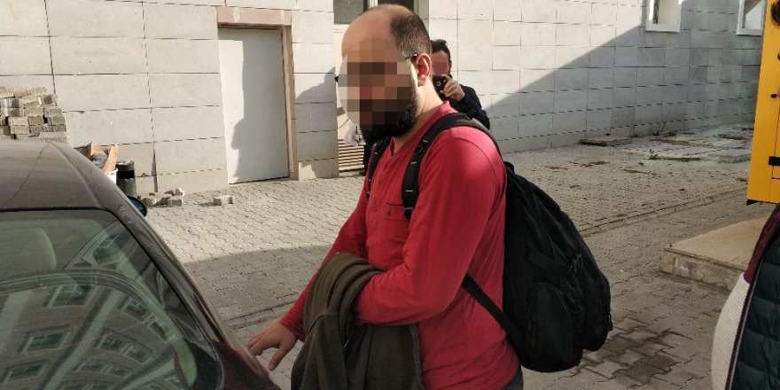 FETÖ'den aranan şahıs örgüt evinde yakalandı