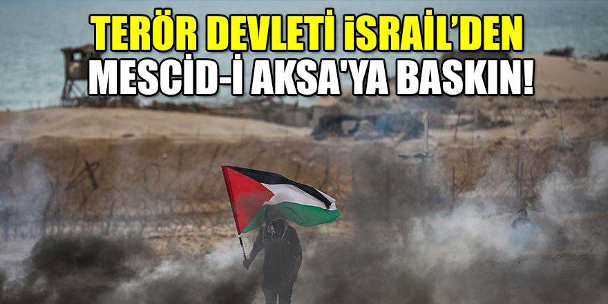 İsrailli teröristlerden Mescid-i Aksa'ya baskın!
