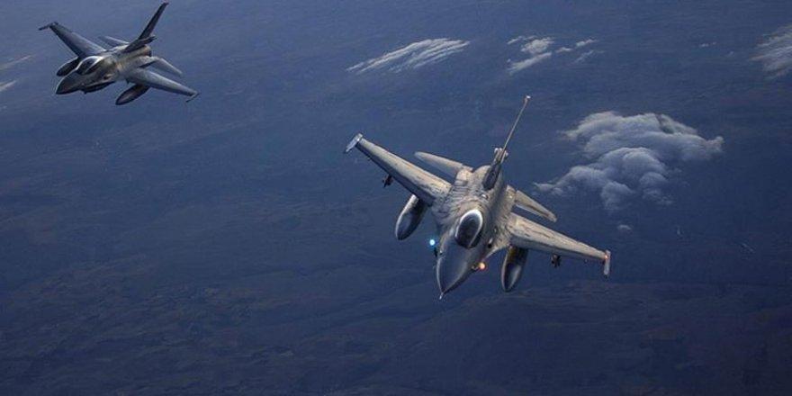 Frappes aériennes turques contre le PKK dans le nord de l'Irak