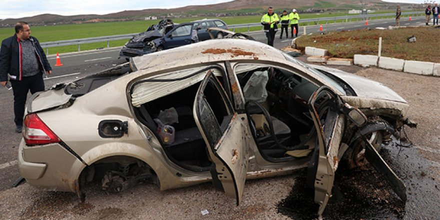 Elazığ'da feci kaza! Yaralılar var