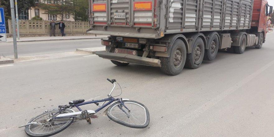 Konya'da kamyon, bisikletle çarpıştı: 1 yaralı