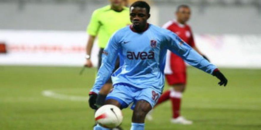 Eski Trabzonsporlu futbolcu maç sırasında hayatını kaybetti!