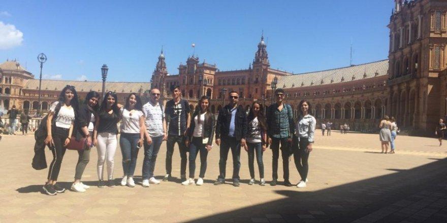 Edremitli öğrenciler İspanya'da