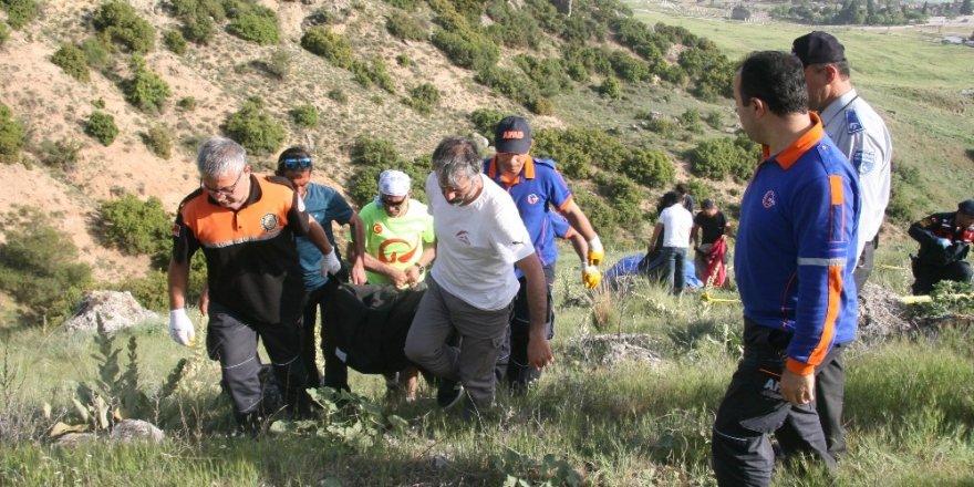 Pamukkale'de yamaç paraşütü kazası: 1 ölü