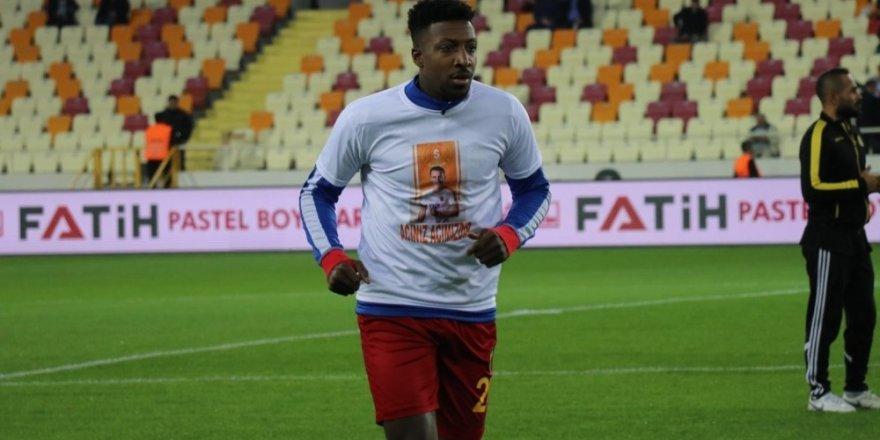 Yeni Malatyasporlu futbolcular Josef Sural'ı unutmadı