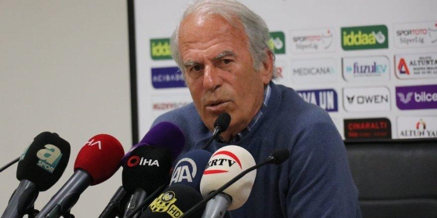 Konyaspor'un rakibinin hocası istifa etti!
