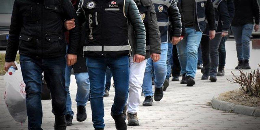 Adana'da PKK propagandasına şafak operasyonu: 24 gözaltı