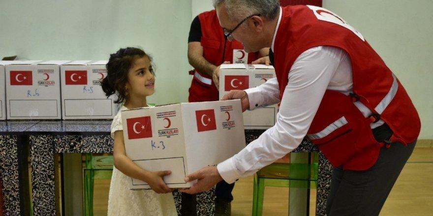 Erbil Uluslararası Maarif Okulu, kimsesiz çocukları sevindirdi