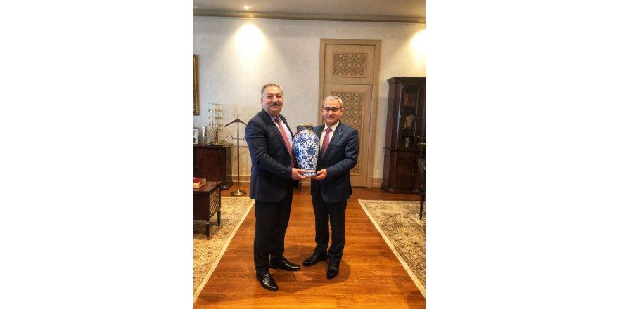 Başkan Işık, Ankara'da Kütahya için iki önemli görüşme yaptı