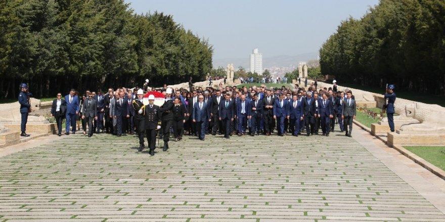 Ticaret Bakanı Pekcan, Ticaret Müşavirleri'yle Anıtkabir'i ziyaret etti