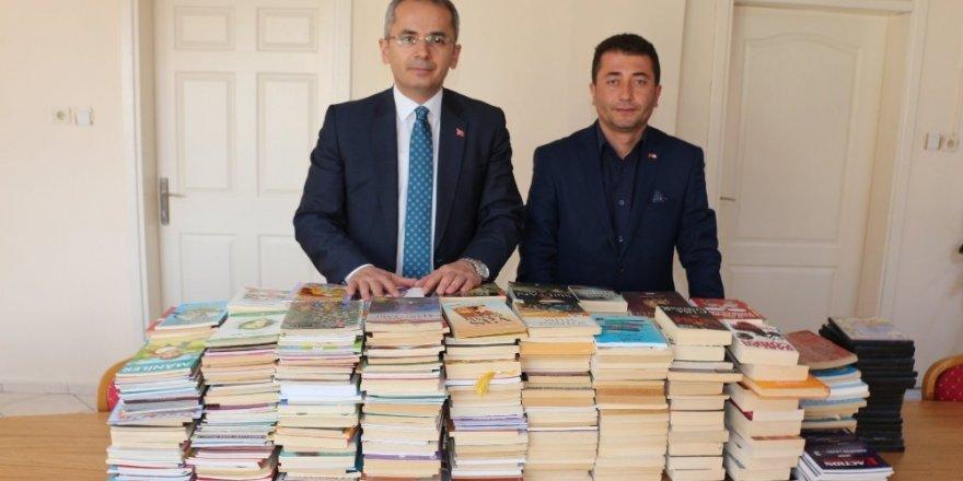 Kızılay'dan kitap kampanyasına destek