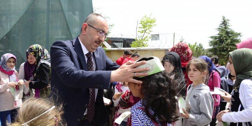 """Başkan Kavuş; """"Çocuklarımızın iyi eğitim almaları her kesimin en önemli milli davasıdır"""""""