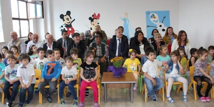 Edirne Sultan 1. Murat Devlet Hastanesinde kuşakların buluşması etkinliği