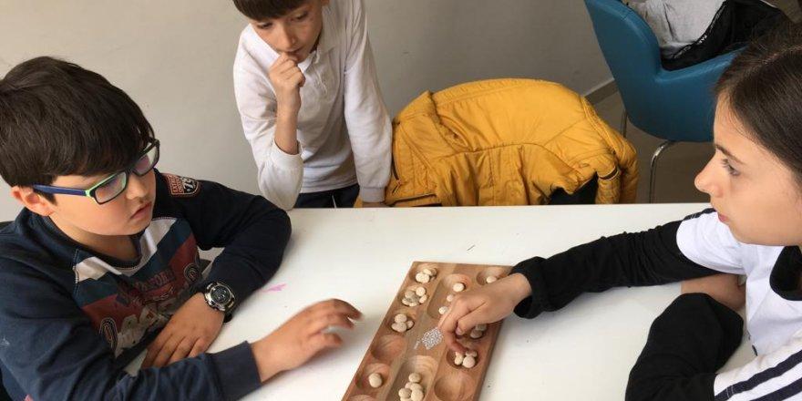 Beyşehir'de mangala oyunu turnuvalarla yaşatılıyor