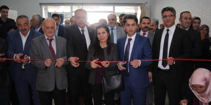 Seydişehir'de Halk Eğitim Sergisi açıldı