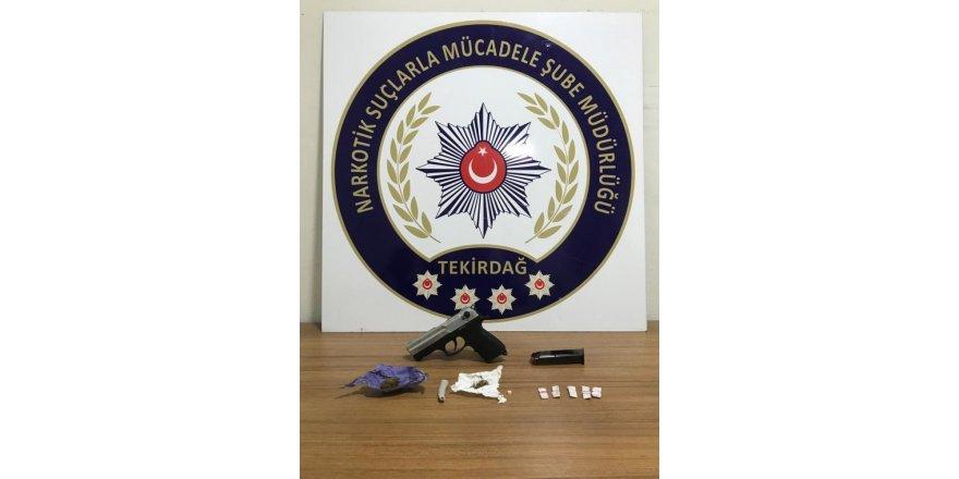 Çorlu'da uyuşturucu satıcılarına operasyon: 6 gözaltı