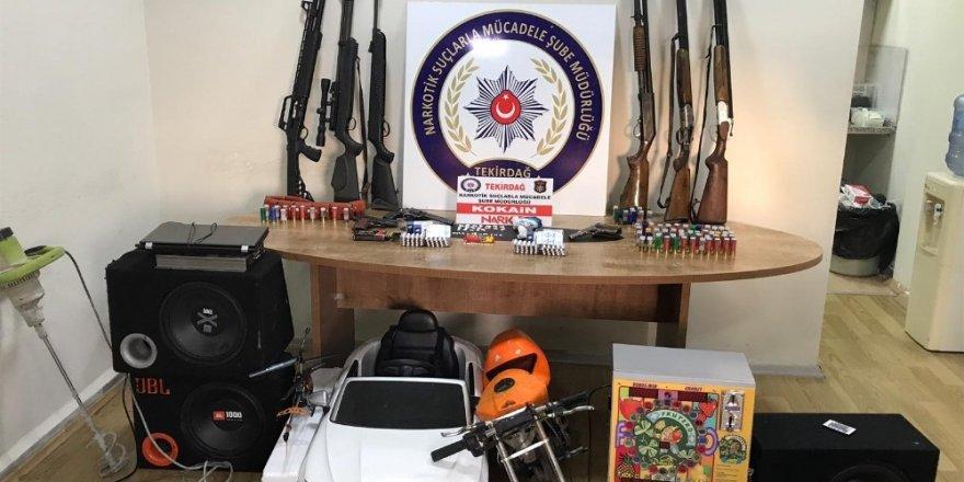 Polisten zehir tacirlerine geçit yok: 8 gözaltı