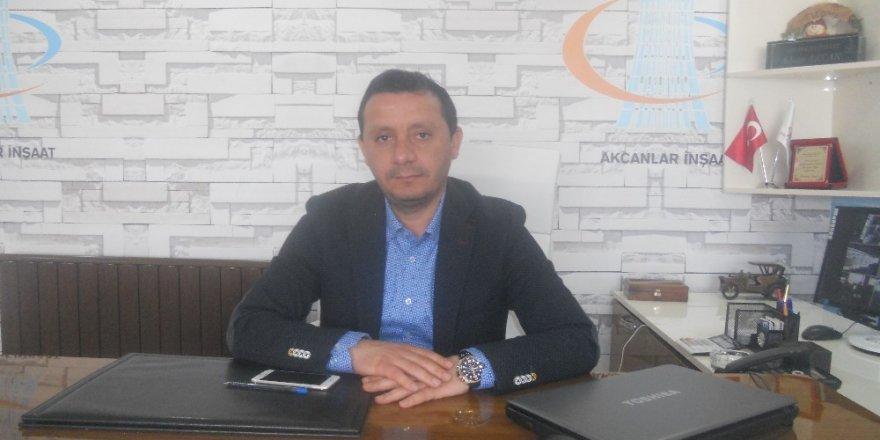 İş adamı Adnan Akcan 1 Mayıs Bayramını kutladı