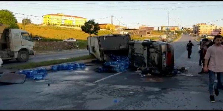 Çatalca'da freni patlayan kamyon otomobili altına aldı: 4 yaralı