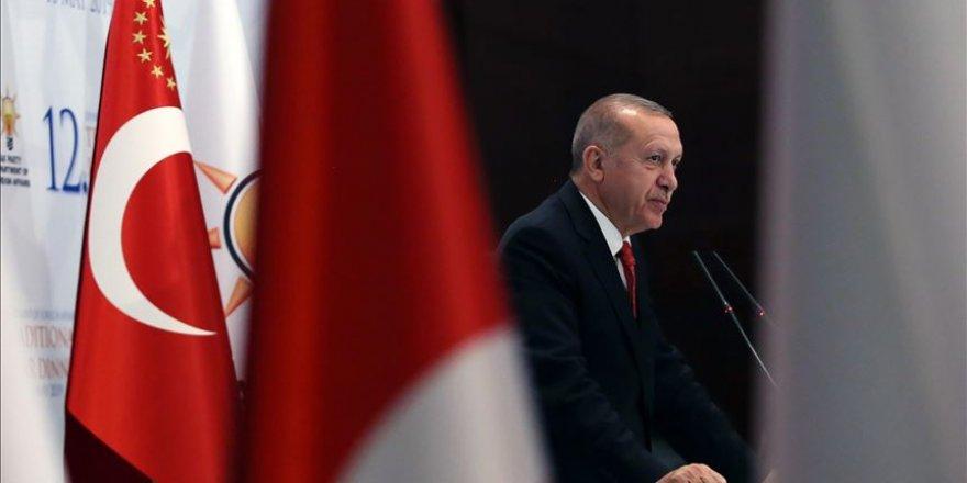 """Erdogan promet d'éliminer """"bientôt"""" les terroristes présents dans le Nord de la Syrie"""