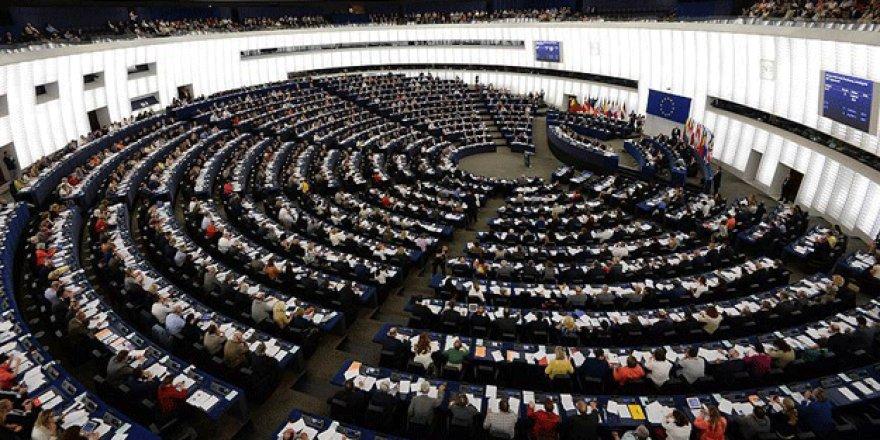 Avrupa'da Türk kökenli siyasetçiler ölümle tehdit ediliyor