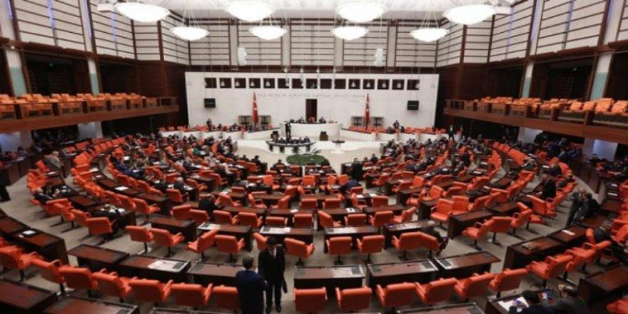 AK Parti yeni paketi Meclis'e sundu!