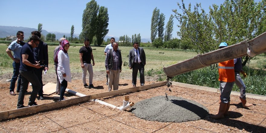 Yalıhüyük'de mantar yetiştirme  serası inşaatına başlandı