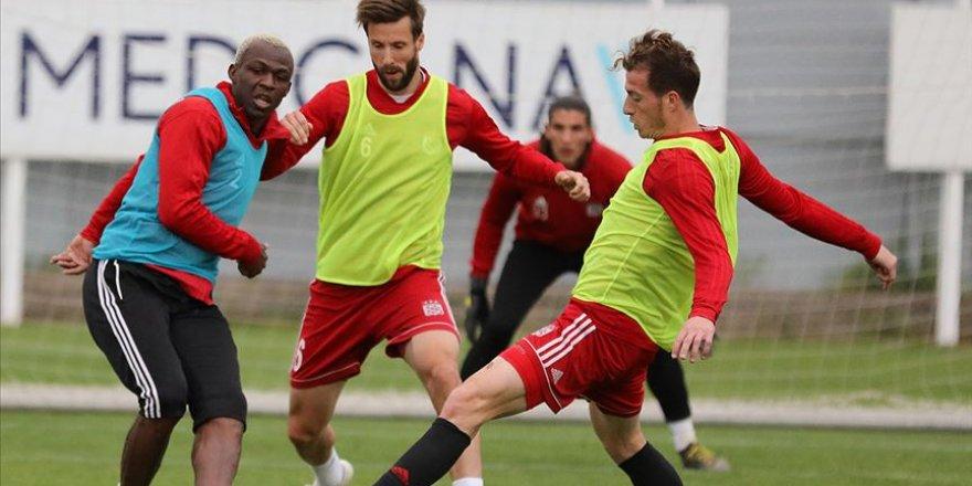 MKE Ankaragücü Sivasspor'u konuk edecek