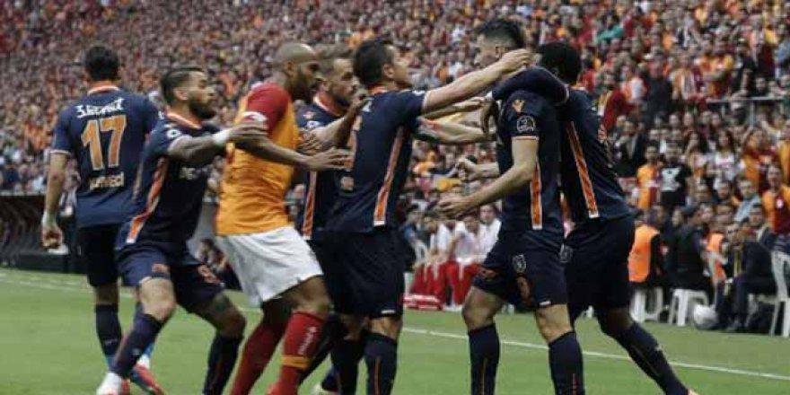 Galatasaray-Başakşehir maçıyla ilgili flaş karar