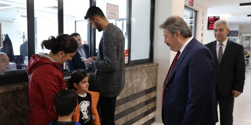 """Melikgazi Belediye Başkanı Dr. Mustafa Palancıoğlu; """"Emlak vergisini 412228 posta çeki hesabı ile ödeyebilirsiniz"""""""